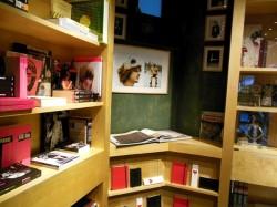 Bookmarc Paris Marc by Marc Jacobs Paris