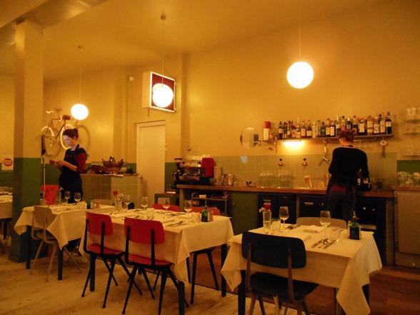 cafe-modern-amsterdam-restaurant-amsterdam-noord