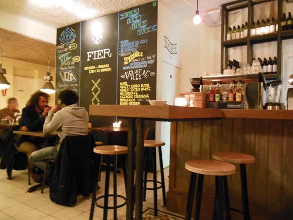 Fier amsterdam trendy nieuw cafe restaurant in amsterdam west - Kleur trendy restaurant ...