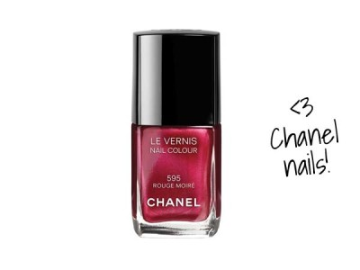 chanel-nails-rouge-moire