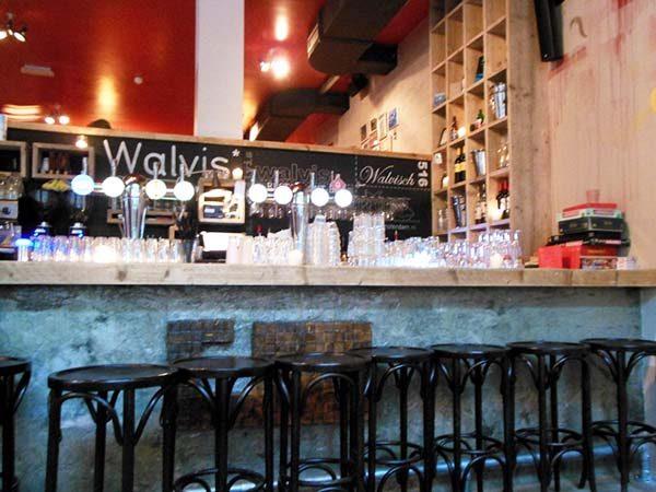 cafe_de_walvis_amsterdam_spaardammer_buurt_restaurant1 copie