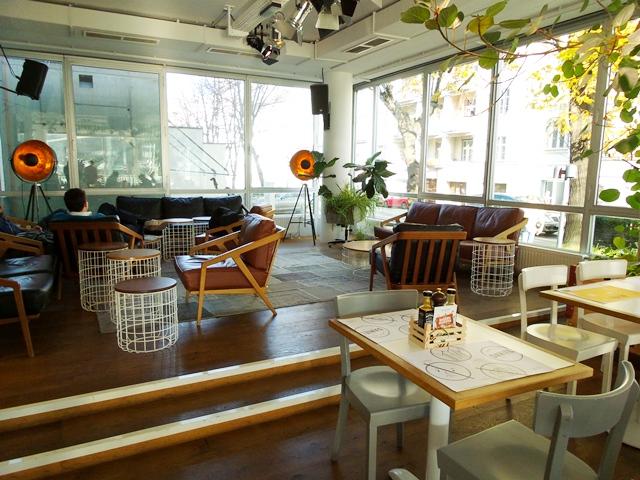 hotel daniel wenen hotspot in wenen via your little. Black Bedroom Furniture Sets. Home Design Ideas