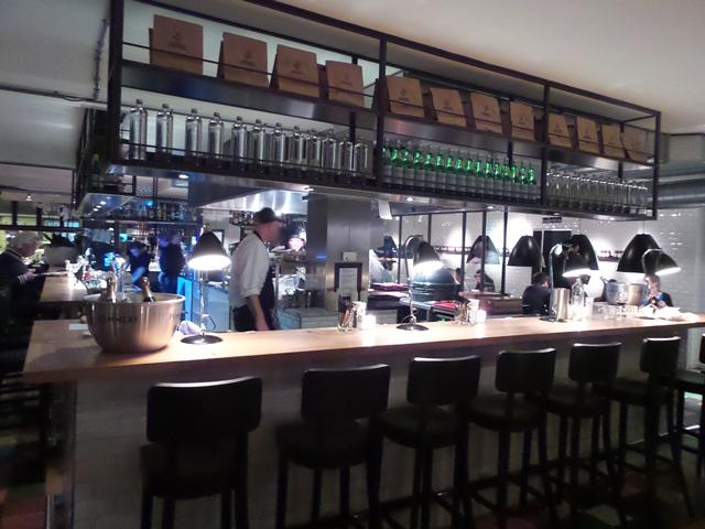 julius-bar-grill-amsterdam-8