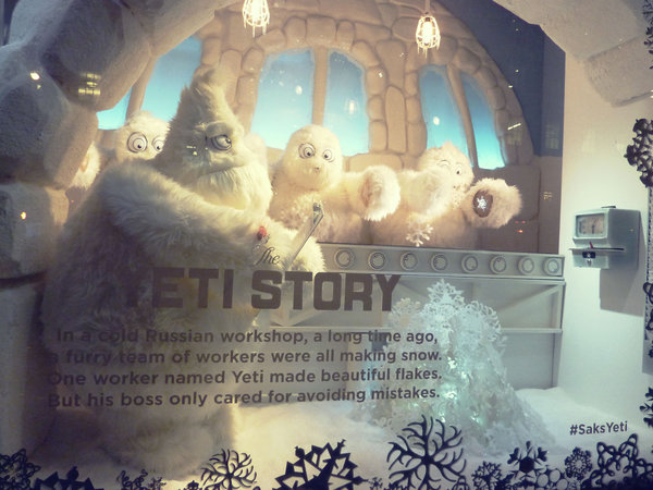 Etalages New York: Saks Fifth Avenue Yeti part1