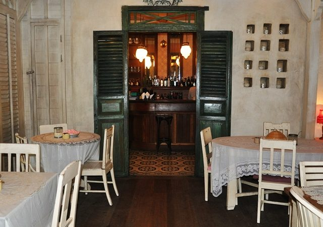 "Cafe Bali on ""eatstreet"" in Seminyak Bali"