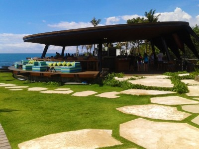 Komune Beach Club Bali: surfers paradise!
