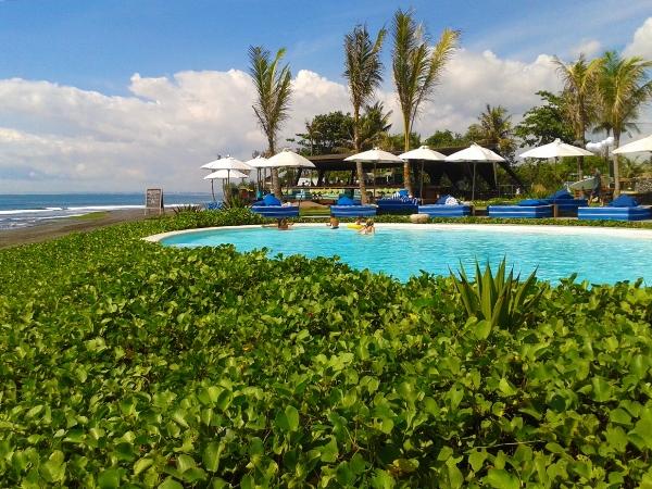 Komune Beach Club Bali: surfers paradise!