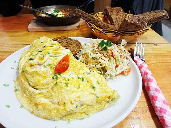 Omelegg Amsterdam: the first omeletterie in town!