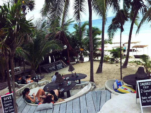 Papaya Playa Project Restaurant with sea view