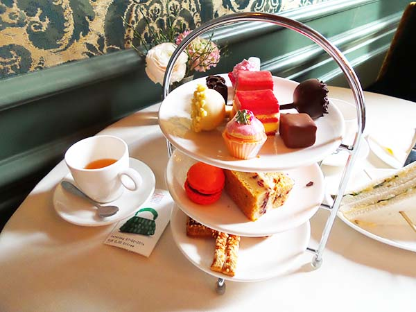 high tea in amsterdam