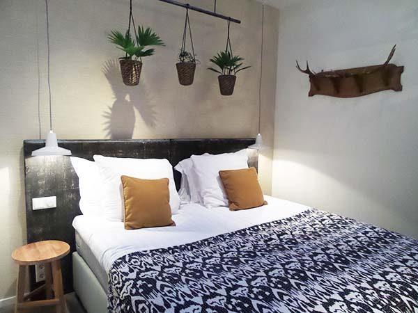 Hotel Dwars Amsterdam : Hotel dwars amsterdam boetiekhotel in amsterdam via yourlbb