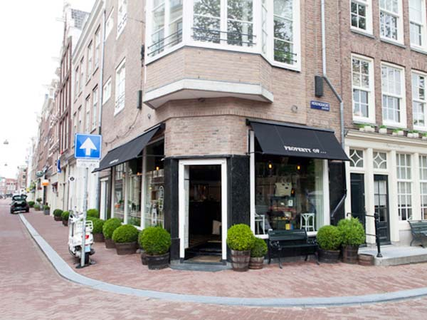 Property Of... Amsterdam: concept store with beautiful bags for guys and other must haves