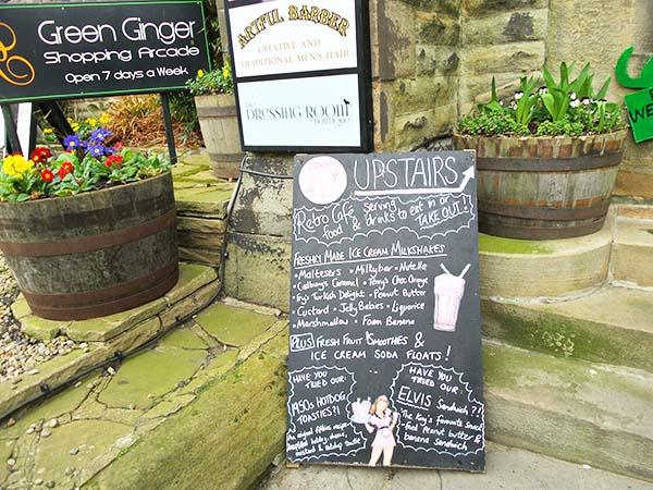 Tynemouth UK day trip from Newcastle | Vintage Cafe