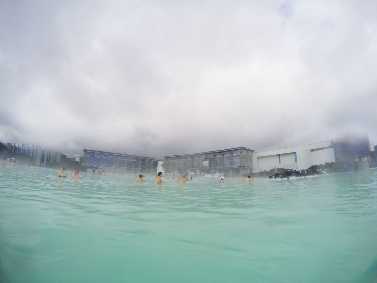 Blue lagoon reykjavik iceland the best spa ever for Hotels in iceland blue lagoon