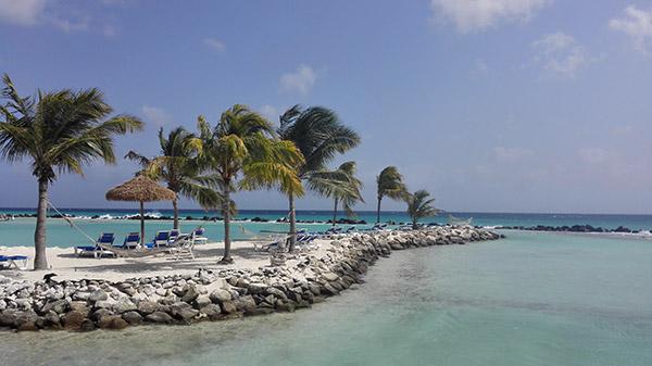 Flamingo Beach Aruba Hotel