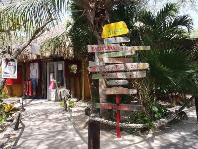 Moomba Beach Aruba