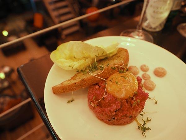 steak tartare in amsterdam