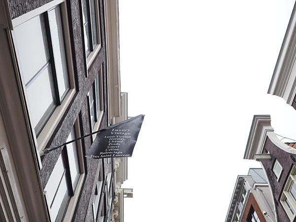 L' ÉTOILE DE SAINT HONORÉ Heiligeweg AMSTERDAM flag