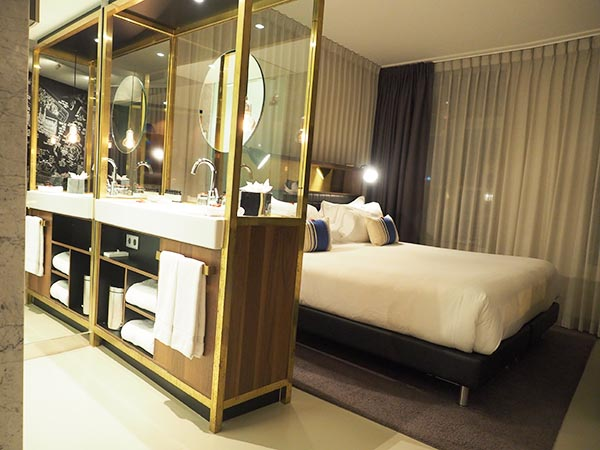 Ink Hotel Amsterdam bed