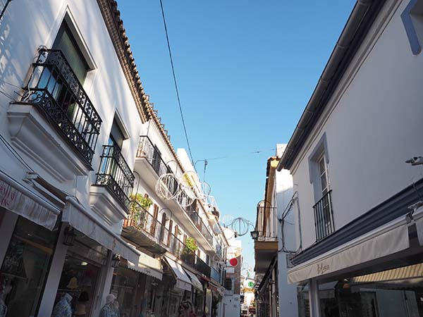 Marbella Travel Guide