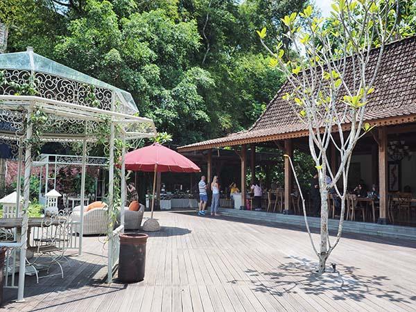 Stupa Restaurant by Plataran