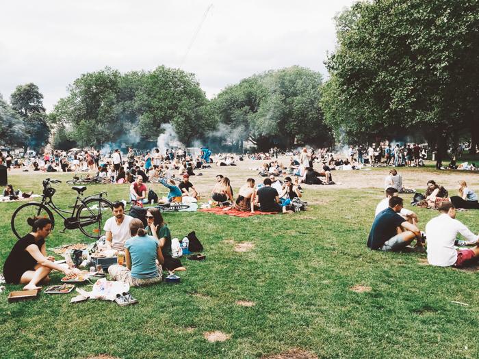 Barbecueën in de Rotterdamse parken: dit is wat je moet weten