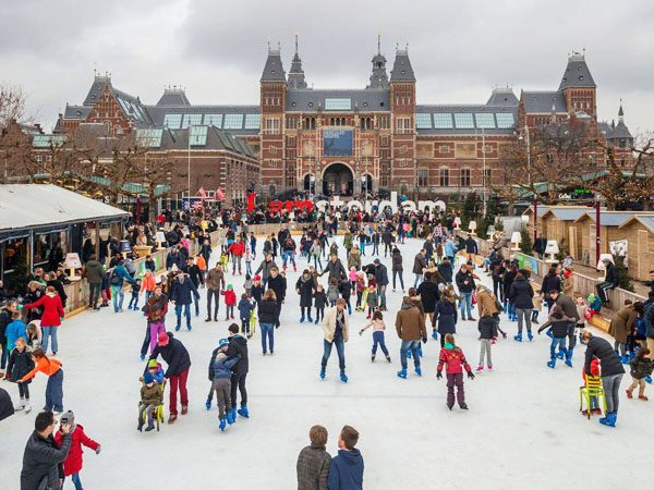 1eef48d3b1e 3 x ice skating rinks in Amsterdam // Your Little Black Book