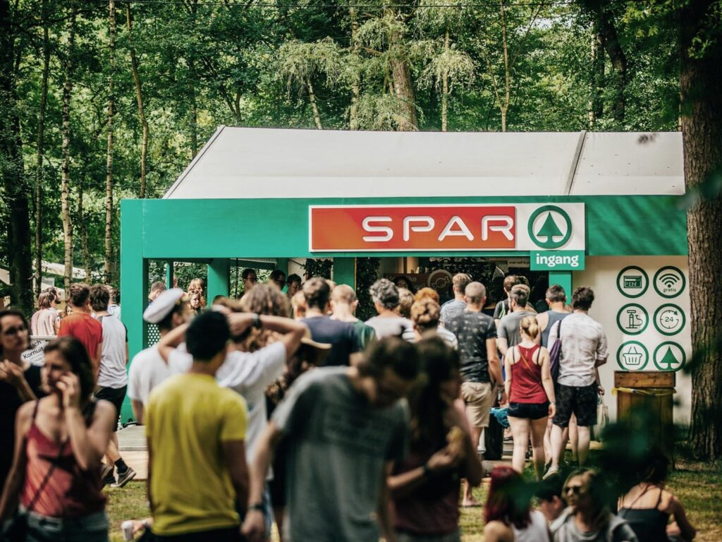 spar camping store