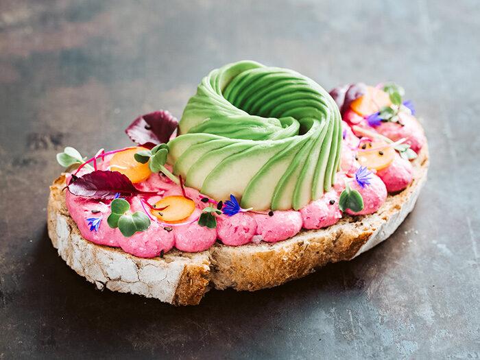 Avocado toast bij the avocado show amsterdam
