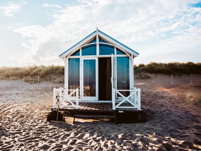 Vakantiehuizen overzicht Nederland: 12 X websites van tiny houses tot blokhut en natuurhuisje