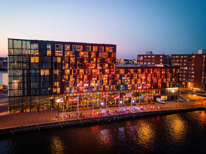 balcony beats hotel jakarta amsterdam
