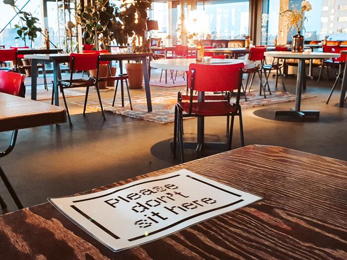 volkshotel coronaproof diner staycation