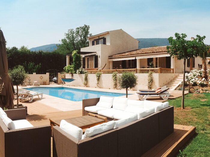 villa met zwembad huren frankrijk