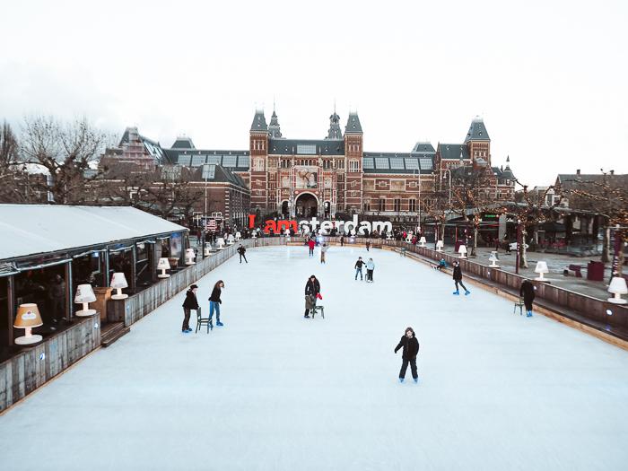 schaatsbaan museumplein amsterdam 2021